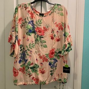 Woman's 3X floral blouse with attached shell.
